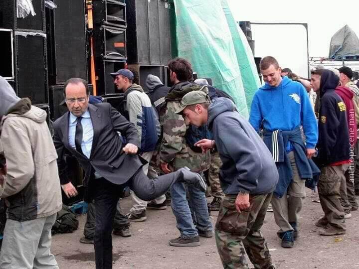 Hollande à la Techno parade
