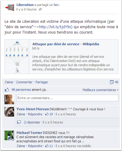 Des étrangers visitent le site de Libération