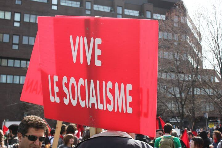 Vive le socialisme (rouge)